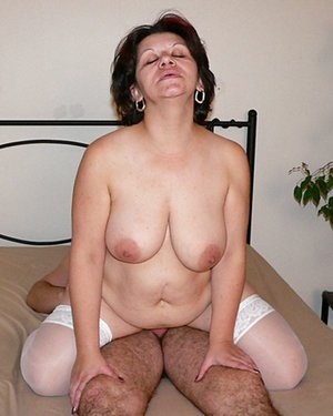Mature Cock Ride Photos