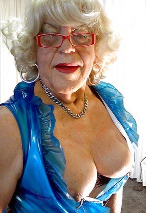 Granny Mature Photos