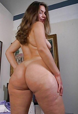 Mature Fat Ass Photos