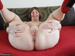 Fat Mature Pussy Photos