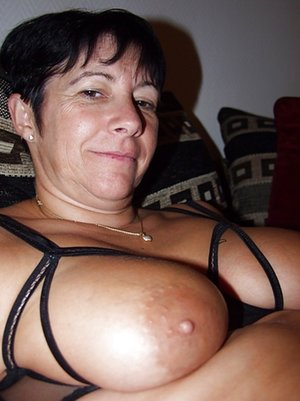 Mature Old Tits Photos