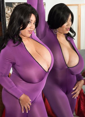 Big Black Mature Tits Photos